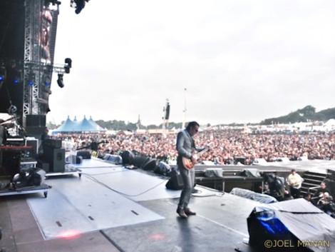 14_joe_bonamassa_on_stage